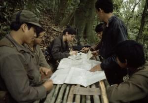 04-1_Un grupo guerillero en el altiplano del país. La Guerilla guatemalteca nació en el año 1960_JMS