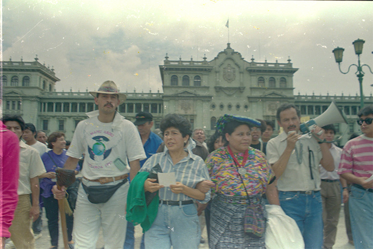 1993_marcha-contra-la-censura_RV