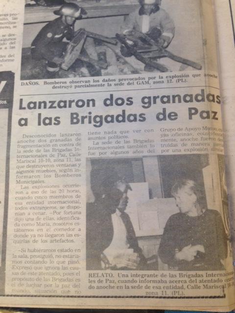 07_El mismos día, el 9 de octubre 1993 lanzaron granadas a las Brigadas de Paz, que acompañó a GAM desde 1985