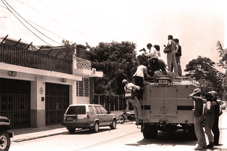 El-31-de-Mayo-1990--miembros-de-GAM-ocubaban-pacíficamente-la-sede-del-Cruz-Roja_RV.jpg__