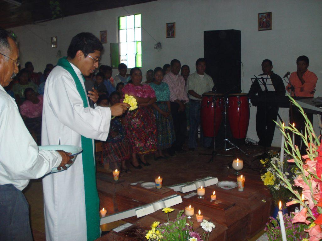 Inhumación en Cucabaj, Quiché