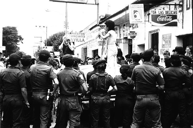 Reunión-en-Mazatenango-frente-a-Municipalidad-02-04_RV